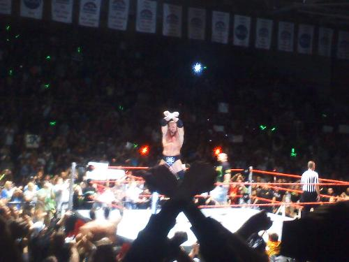 Live event Triple H - Sorry not the best, it was on a cellphone camera.