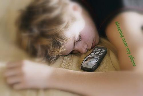 Sleeping near the phone - Sleeping with cell phone