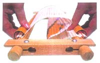 Easy Clip - The Elbesee No sew Easy Clip hand rotating scroll frame.