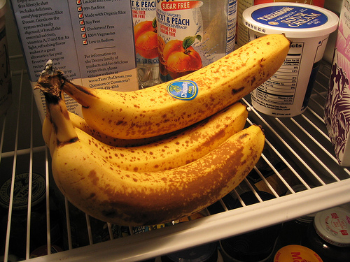 banana inside the fridge - week old banana in the fridge