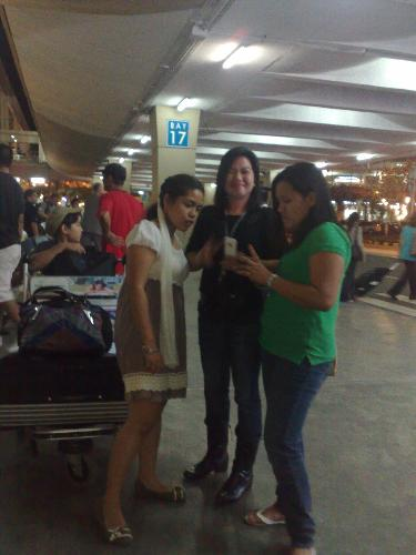 my internet friends....at the airport - at the arrival area...my internet friends