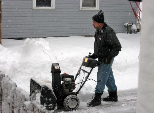 My neighbor - He plowed my drive for me today,12-25-2009