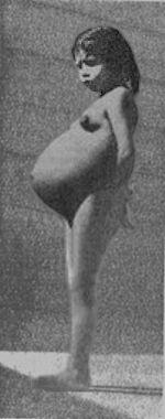 lina medina  - pregnant
