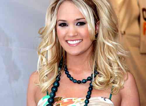 Tags: carrie , underwood , singer