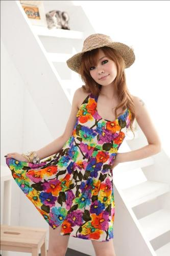 summer dress - why women wear so much colorful, fashionable and attractive dress?