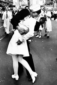 In Memory of Nurse Edith Shain 06/23/2010.... - Nurse Edith Shain celebrated V-JDay in 1945 with a Sailor in Times Square. Many Worl War II military personnel have relived this moment in their hearts & minds!!!