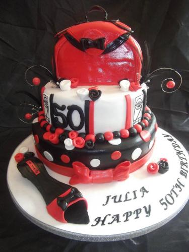 15th Biirthday Cake - This is certainly an eye catching birthday cake don't you think!!