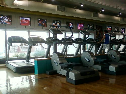 Threadmill - I don't really like using threadmill because I am actually lazy of doing that kind of exercise routine. I would rather join the aerobics that has different variations compare to this threadmill.