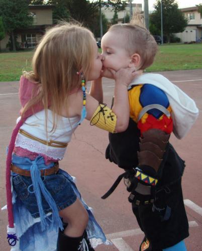Kissing couple - Innocent kisses by children