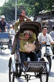 Xich lo in Vietnam - This is special transportation in Vietnam