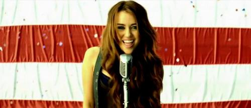 Miley Cyrus - Party in The USA - Miley Cyrus - Party in The USA!!!