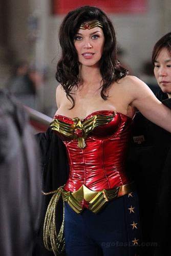 New wonder woman costume - good bye to old wonder woman and hello to tight leggings and tight bustier.