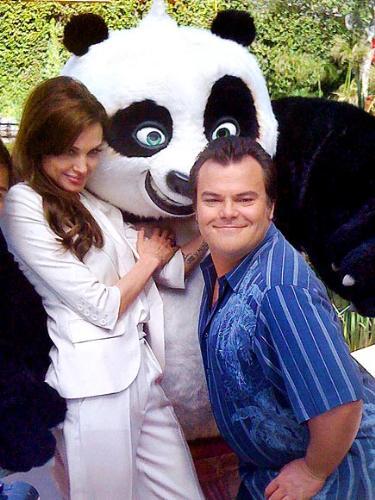 Kung Fu Panda II - Angelina Jolie and Jack Black promoting their up coming movie.