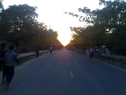 Evning Sunset On Road - Me N MY Friend Saurabh