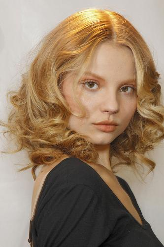 This is beauty! - Delicate features and low makeup, this is the real beauty! Model Magdalena Frackowiak