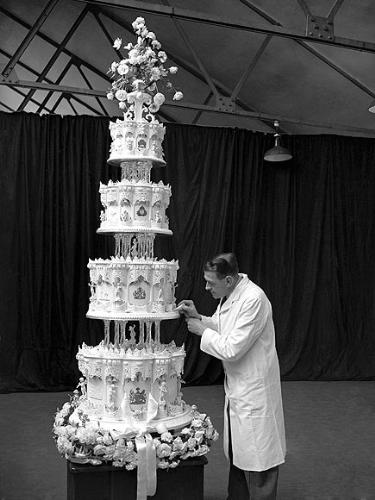 The Queen's cake - Back when Queen Elizabeth married Philip,She was a Princess! This was their wedding cake.