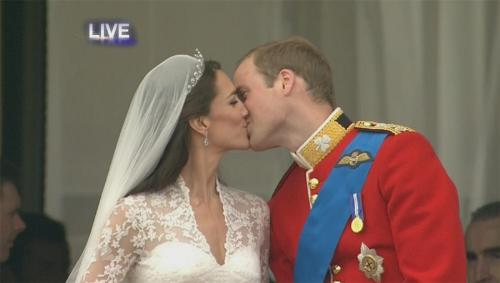 The Kiss - The Duchess of Cambridge (Kate Middleton) and Prince William (Prince William, Duke of Cambridge) on the balcony for their first kiss as man and wife.