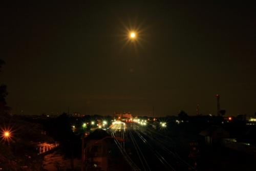 full moon - This photo was taken when the full moon at 4 am