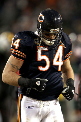 Bears Linebacker - The Chicgo Bears All Pro lineback Brian Urlacher.