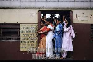 Crowded trains of Mumbai - This is the condition of the trains in Mumbai during peak hours.
