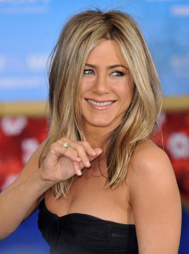 Jennifer Aniston - She is one of the most beautiful woman in the world!