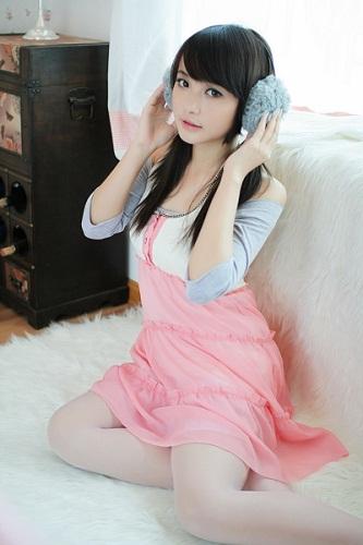 Cute??? - Is she cute?