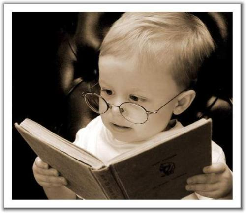 Baby studying - an image of a baby studying for this category