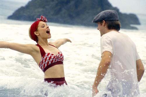 notebook - this is a pic from the movie the notebook.. amazing movie.. &lt;3