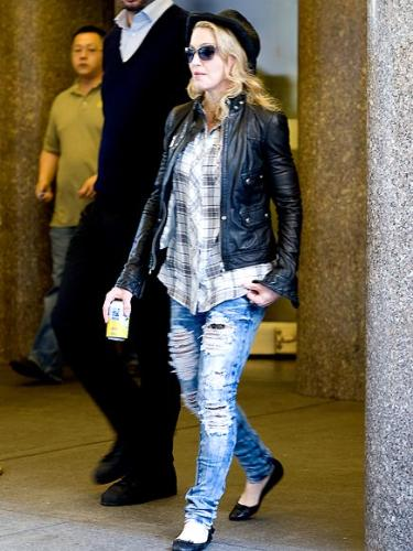 Madonna - No matter who wear this jean fashion trend,I don't like that style!