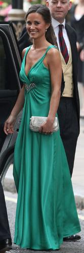 Pippa Middleton - The sister of the Duchess of Cambridge. Beautiful dress on a very pretty lady!