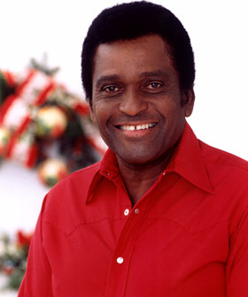 Charlie Pride - The ist Africa-American to make it big in country music!
