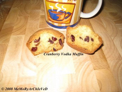 cranberry vodka muffin - looks nice.