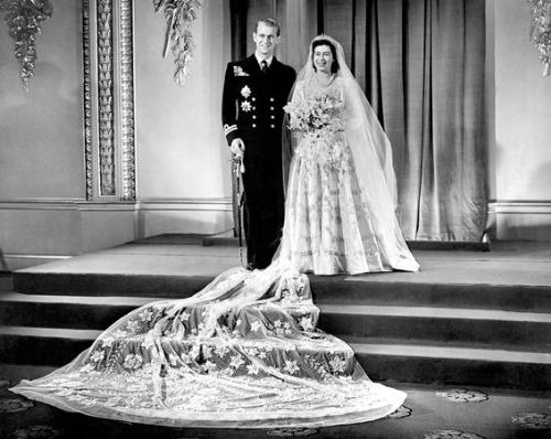 The future queen - In Novemebr 1947,Qeen Elizabeth,then just a princess,married Prince Philip who was named late a Prince and the Duke of Edinburg. Wow! Thw Queen and Prince Phiiip have been married 63 yrs so far! Wow!