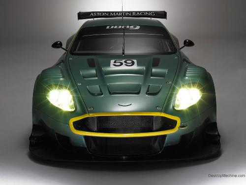 aston martin dbr9 - racing car