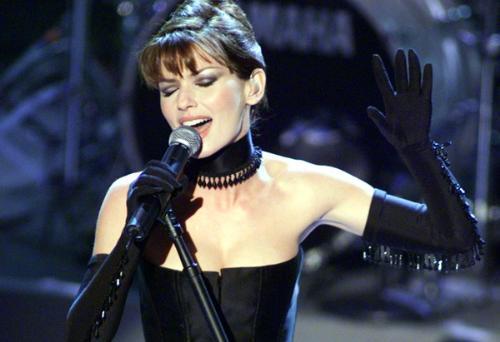 Shania Twain - Shania in concert.