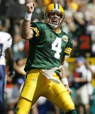 Brett Favre - Favre when he was a Packer and not acting like a dumbs*it!
