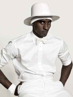 Really? - Kobe Bryant looks realy freaky in this photo! yikes!
