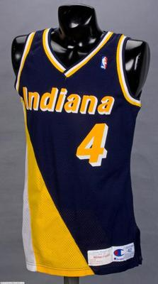 Indiana Pacers Uniforms - I actually liked this uniforms! Why this made the list of 'worse NBA jerseys ever' is beyond me!