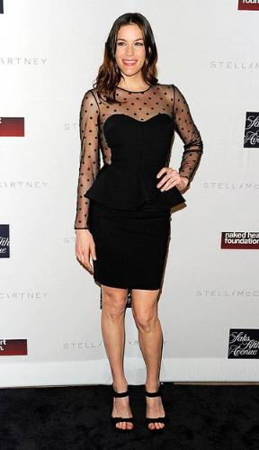 Liv Tyler - The dress is great but the shoes no! She could of wore some better shoes!