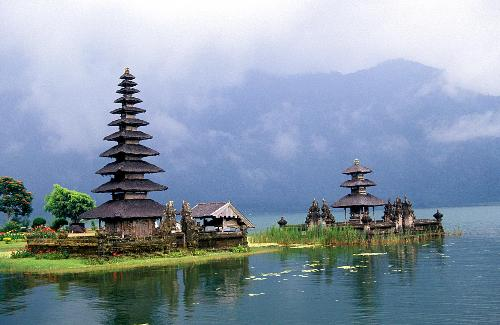 Bedugul Lake - this is a picture of a Hindu temple in the middle of Bedugul Lake, east Bali. Bali has so many tourist attractions. the most famous spots are Kuta Beach, Sanur Beach, Nusa Dua Beach, Tanah Lot, Sangeh, Ubud, Besakih Temple, Bedugul Lake, and Ngaben (corpse burning ceremony).
