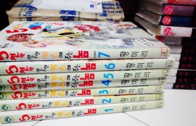 korean comics - manhwa collection. Pretty nice. hehehe!