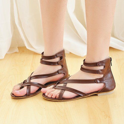 sandals - I want to buy this sandals!..Can anyone buy it for me? lol!