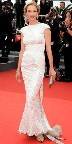 Uma Thurman - My goodness! She looks beautiful in this dress! Thumbs up!