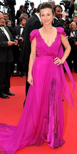 India Cardellini - Very lovely dress! Thumbs up!