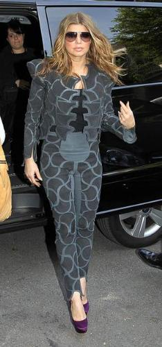 Fergie - Another fashion mistake by Fergie! This outfit is awful looking!