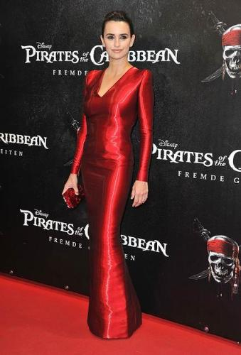 Penelope Cruz - Penelope at a Pirates of the Carribian premiere. She looks elegant and classy in this red dress!