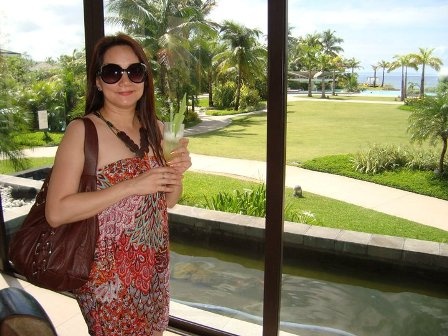 At the Resort's Reception Area - This is one of my cousins who went with us to this Resort. See the view?