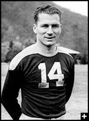 Don Hutson - Probaly the greatest wide reciever the Green Bay Packers have ever had!