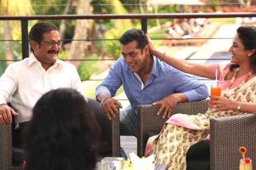 with the director - salman with mahesh manjrekar