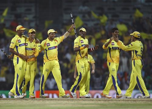 Chennai Team - Chennai team after defeating Royal Challengers Bangalore.